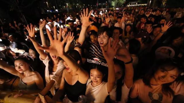 会员权益哪家强?芒果TV重磅打造回馈芒果会员的年度品牌活动——青春芒果节! 12